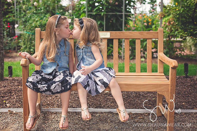 Detroit Photographer Sisters